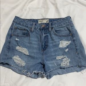 Cute ripped jean shorts